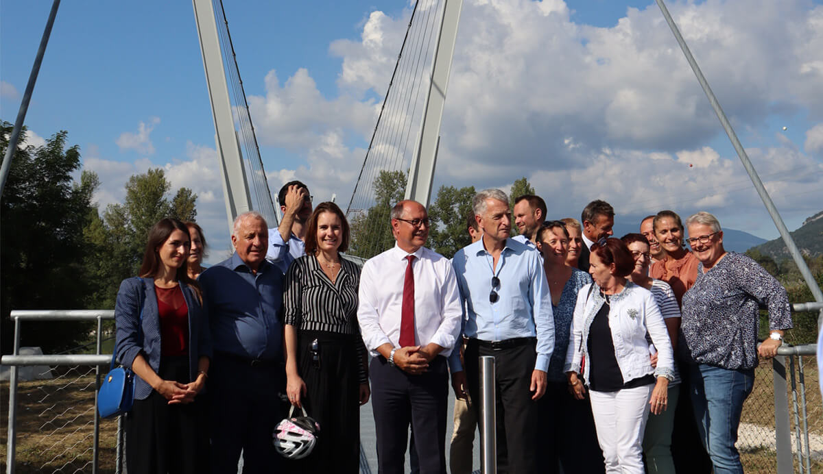 Mobility: inauguration of a new footbridge on the ViaRhôna between Savoie and Ain Departments, in France